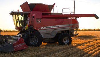 mf9500series_combineharvester